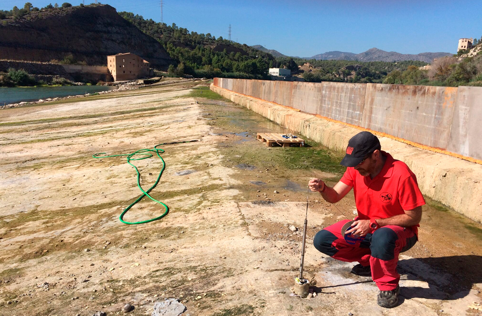 "FILTRATION STUDY IN THE ""AZUD DE XERTA"" (TARRAGONA, SPAIN)"